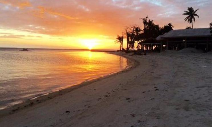 lakawon-island-sunset